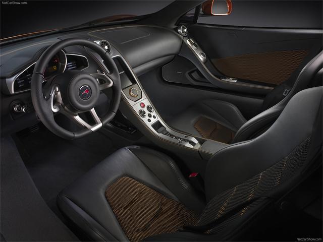 Autoblog - TuttoAuto - McLaren MP4 !2c - interni