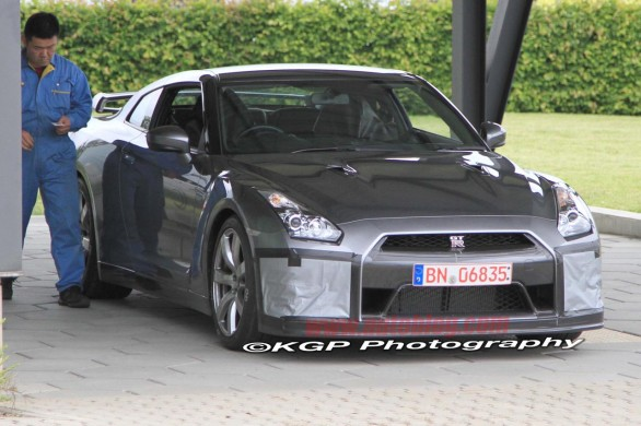 Autoblog - TuttoAuto - foto spia nissan gtr 2012 - 1