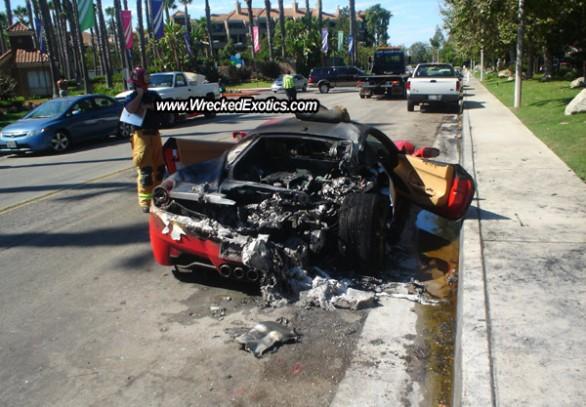 Autoblog - TuttoAuto - Ferrari 458 incendiata - 3