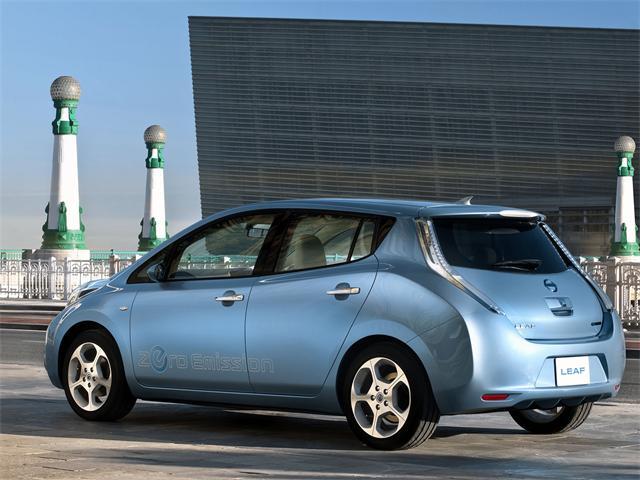 Autoblog - Tuttoauto -nissan -leaf elettrica 2011 - 2