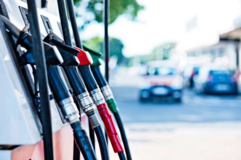 Autoblog - Tuttoauto - pompa benzina - 1