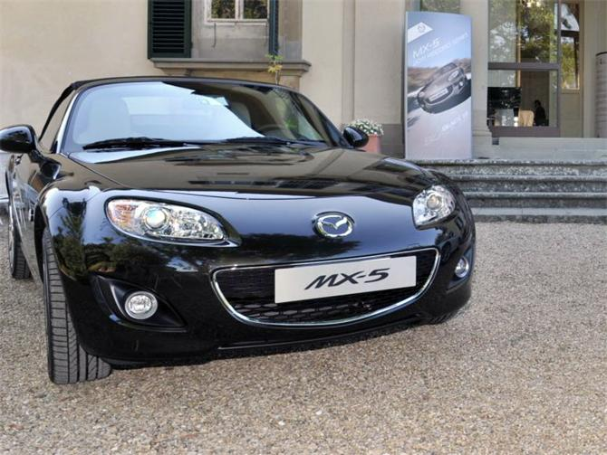 mazda mx 5 record series special edition mx 5 limited. Black Bedroom Furniture Sets. Home Design Ideas