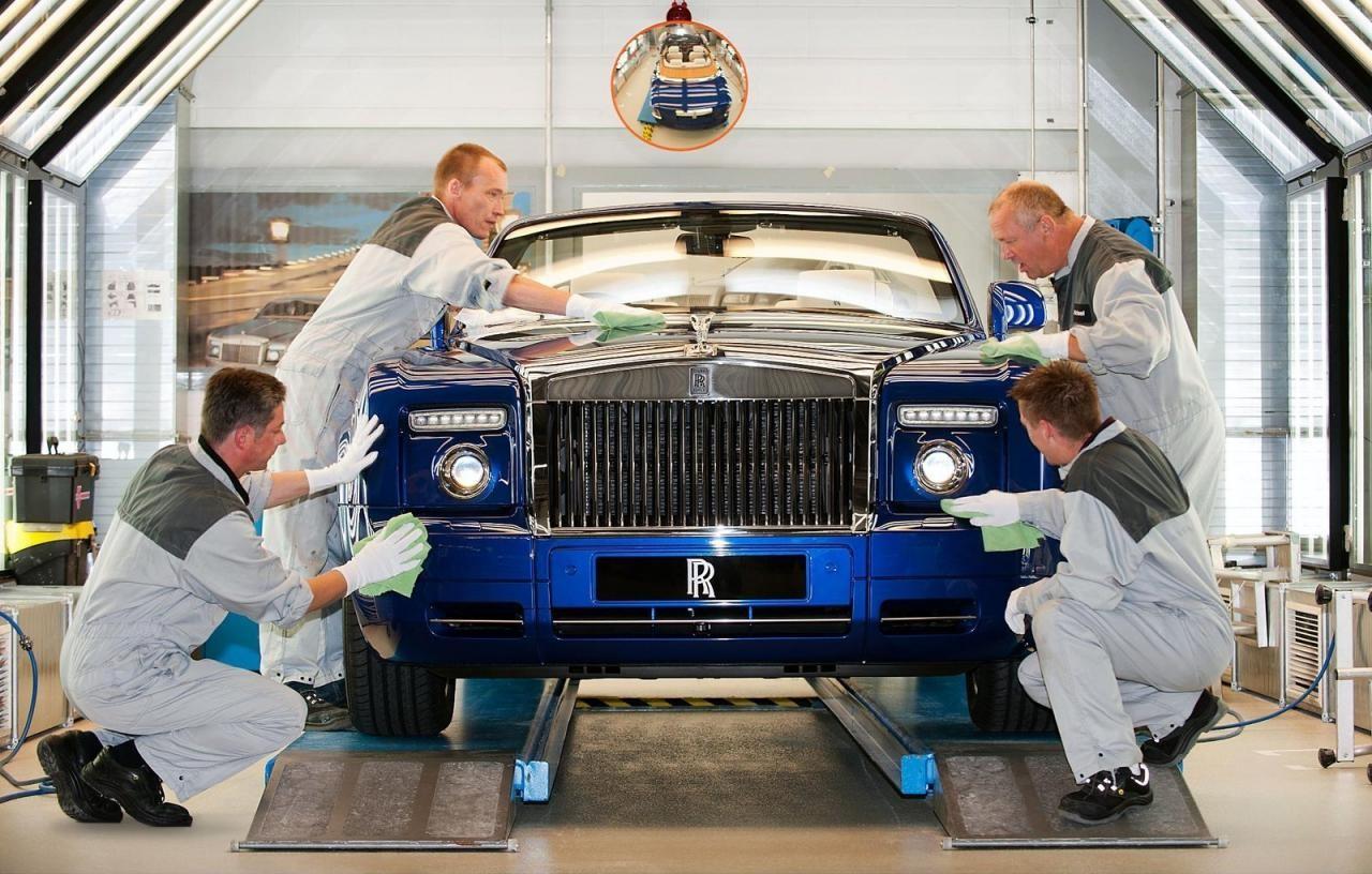 Auto blog - Tutto auto - Rolls Royce Phantom Drophead coupe masterpiece london 2011 limited edition - 3 lavorazione