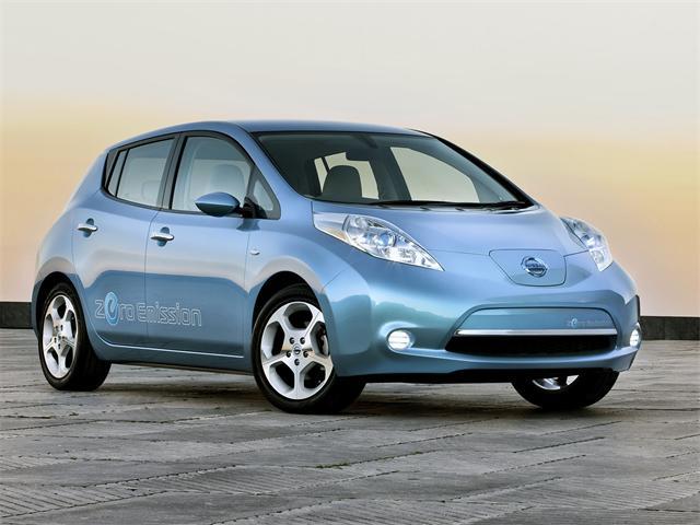 Nissan Leaf auto totalmente elettrica