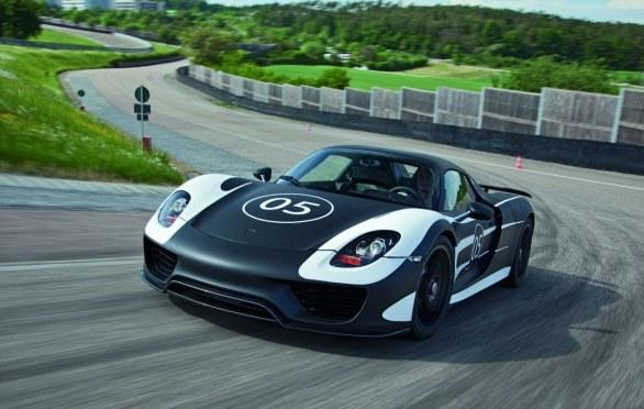 Porsche918Spyder_01